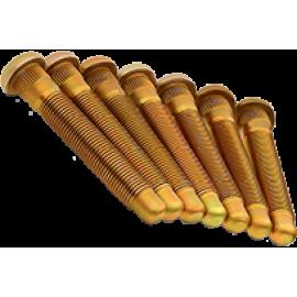 Шпилька ступицы
